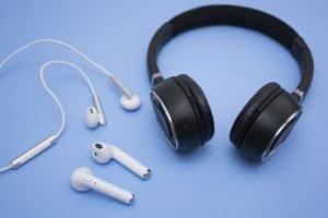 Bluetooth-Kopfhörer mit In-Ear oder Over-Ear?